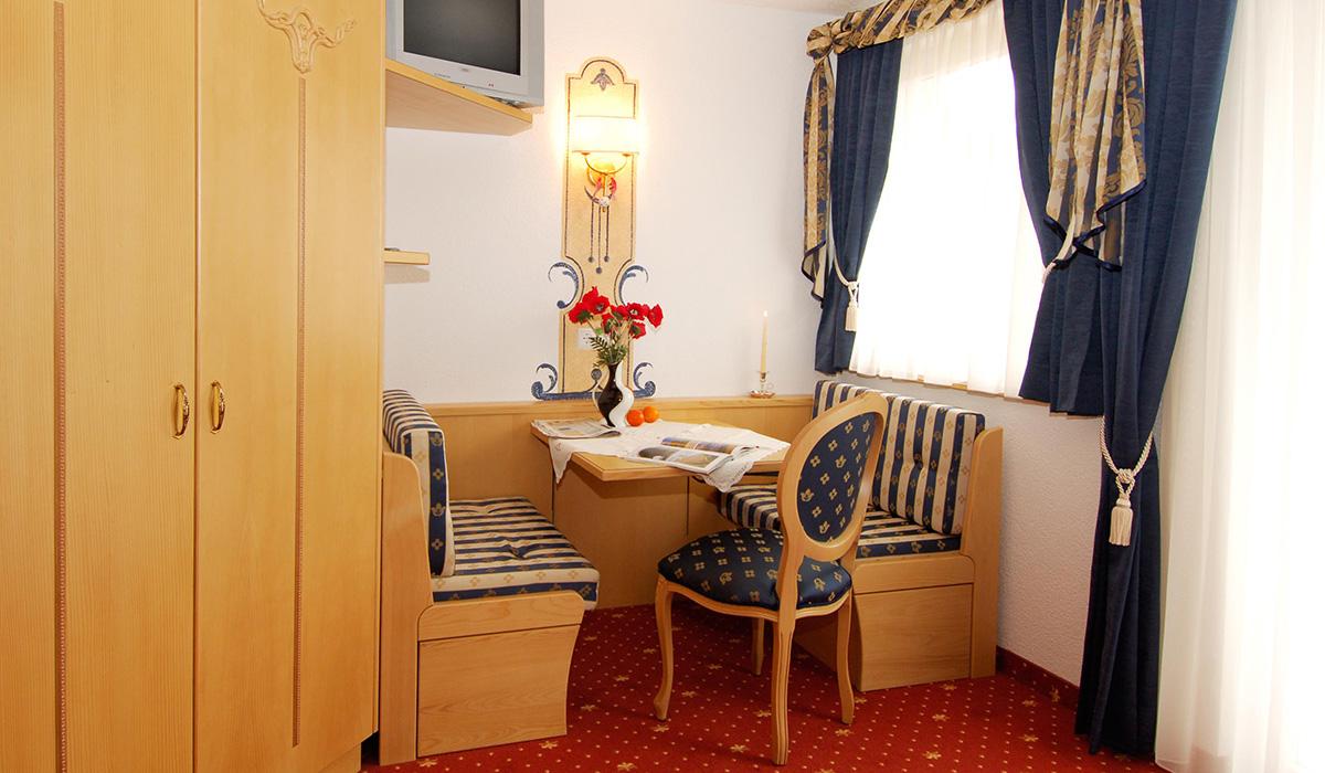 Zimmer im Hotel Aichner **** in Olang am Kronplatz in Südtirol