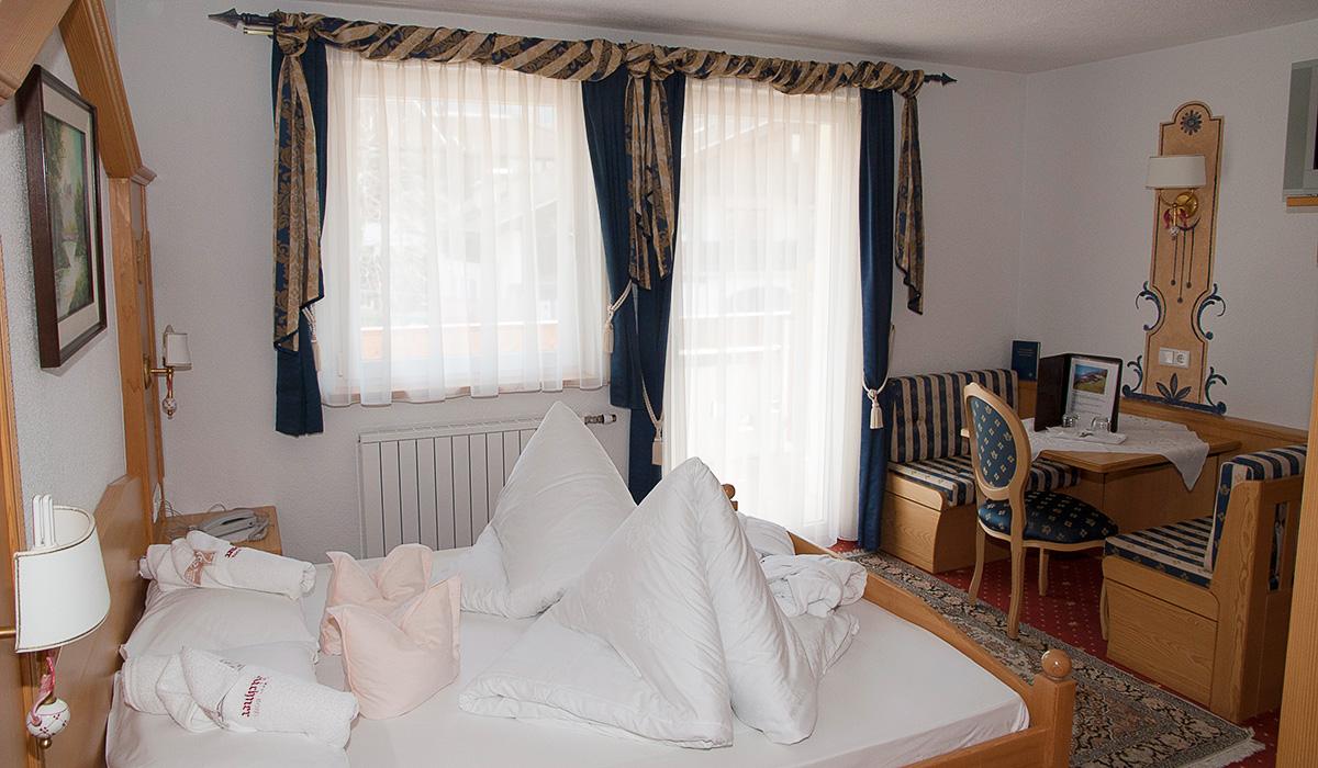 Komfortzimmer im Hotel Aichner **** in Olang am Kronplatz in Südtirol